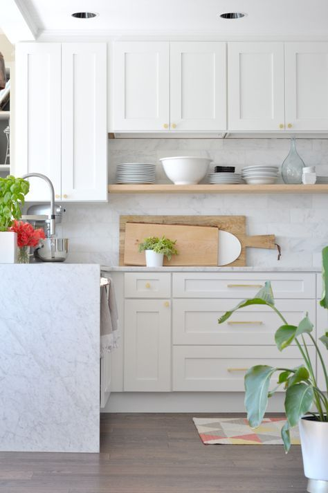 white and wood kitchen and those cutting big cutting boards rh pinterest com