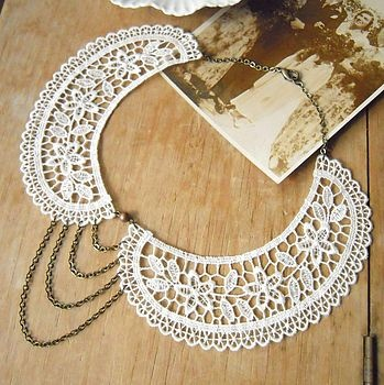 Lace Peter Pan Collar Necklace  --love it, sans the chains on the front