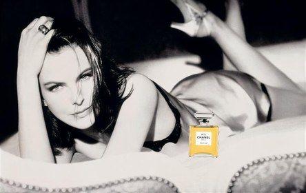 Top 10 Definitive Bond Girls – No.6 Melina Havelock (Carole ...