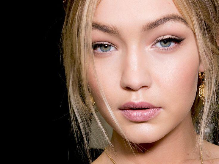 Eyeliner richtig auftragen: Der perfekte Lidstrich für deine Augenform