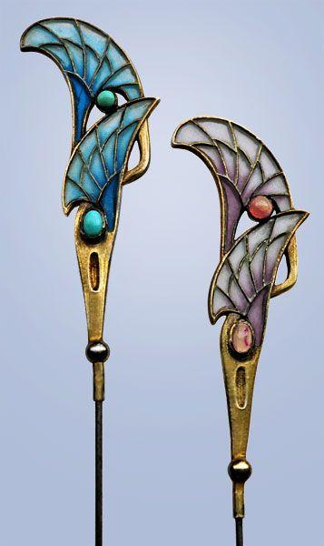 LEVINGER & BISSINGER Jugendstil hat pins, composed of silver and plique-à-jour enamel. Marks: 'Depose' '900', HL monogram in a circle. German, c.1900. #jugenstil