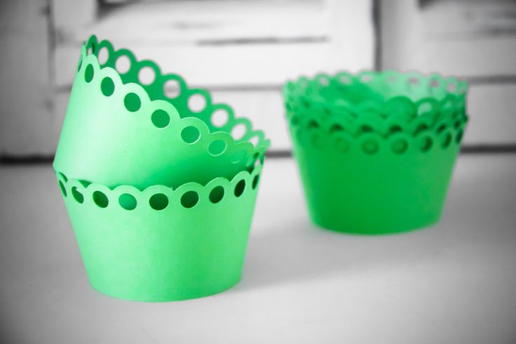 Cupcake Wrappers - Scalloped with Circles (6) by Teelee - A Bits & Bobs Brand for sale on http://hellopretty.co.za