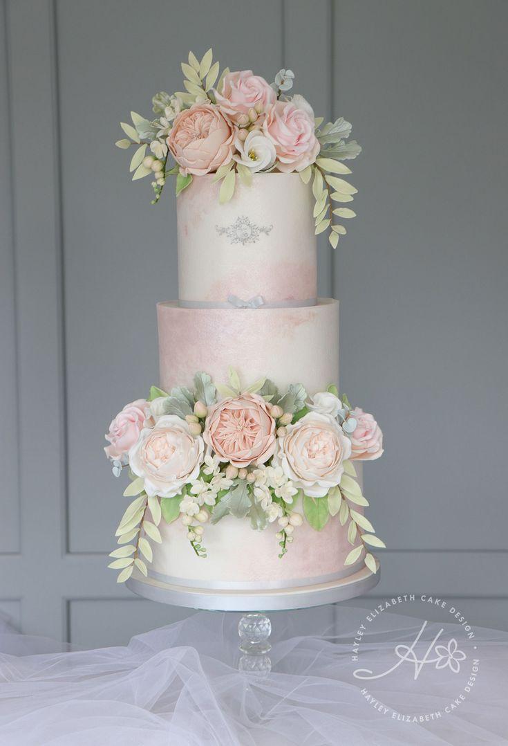 Luxus-Hochzeitstorte von Hayley Elizabeth Cake Design, Kuchen-Designer aus Großbritannien. Erröten …   – Hampshire Weddings