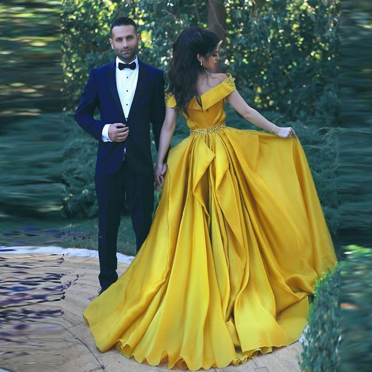 BEAUTY AND THE BEAST DISNEY THEMED WEDDING   GOLD   ROSES   OPULENT   PRINCESS   WEDDING DRESS   BELLE   YELLOW BALL GOWN   A LINE   OFF THE SHOULDER
