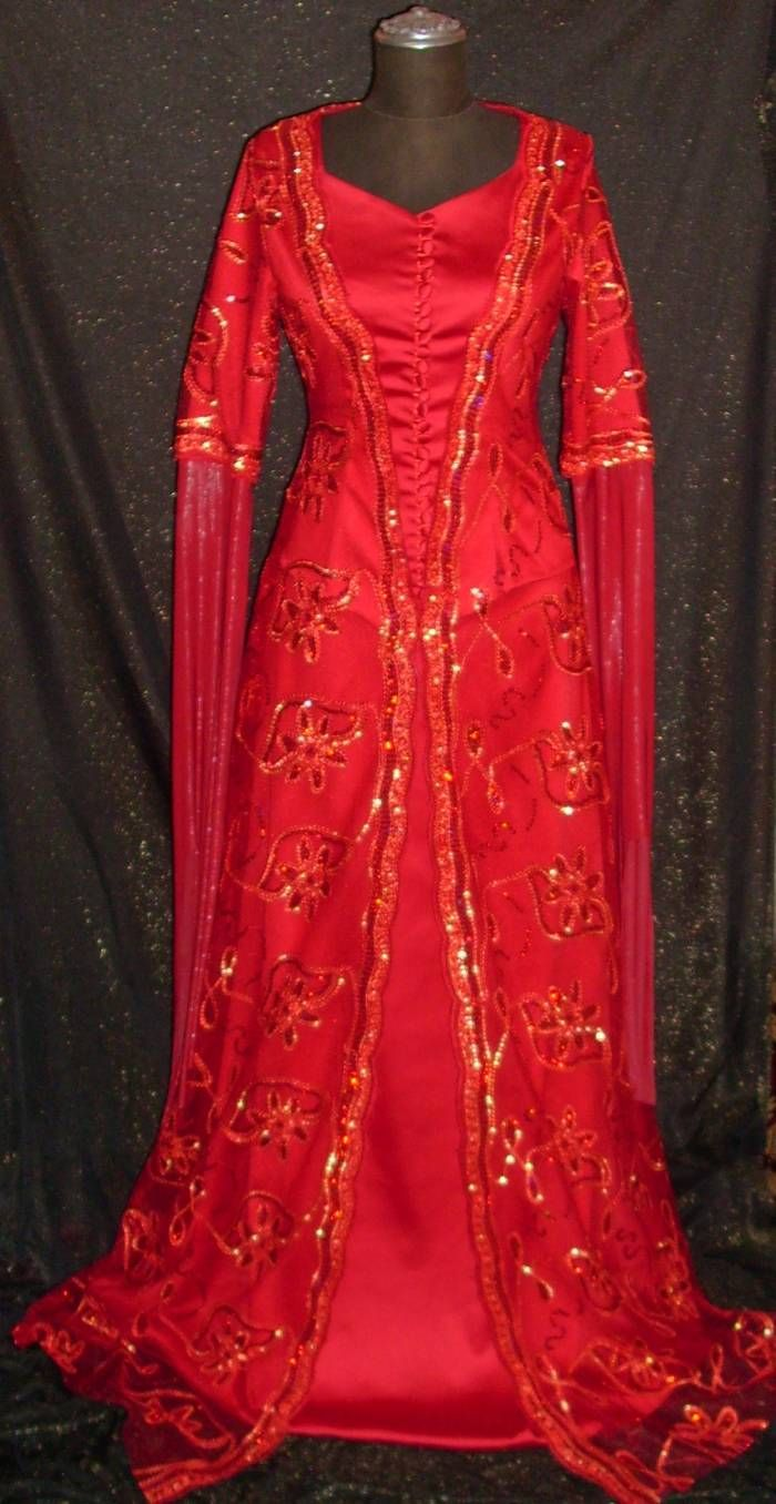 traditional Turkish wedding gown
