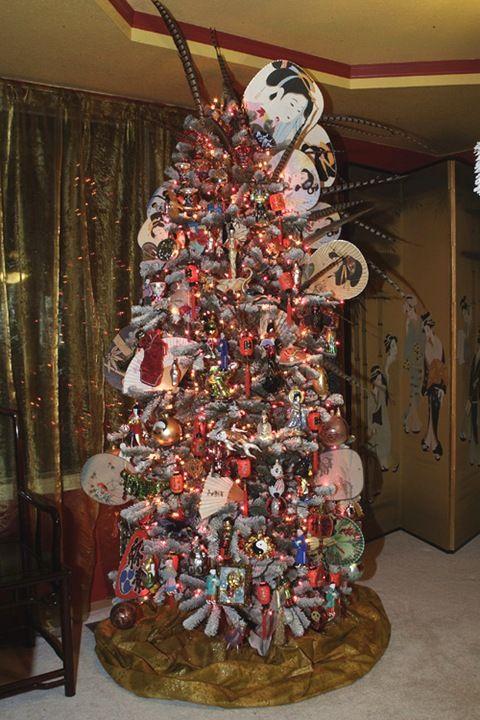 Asian themed Christmas tree.