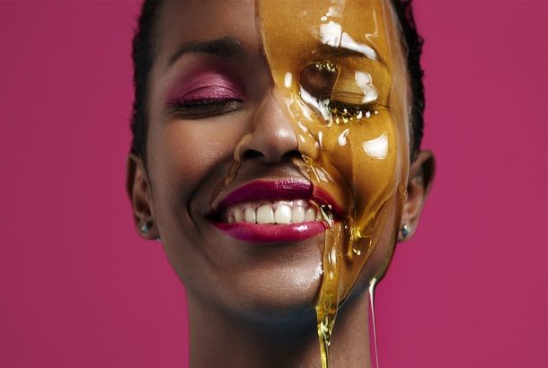 All the Ways Honey Can Help Your Beauty Regimen