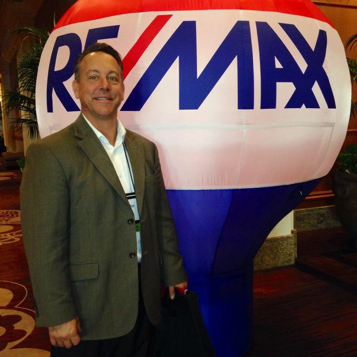 """Vaughn Funk, RE/MAX Integrity Agent. """"Vaughn is a well-informed and highly educated agent who has been serving the real estate needs of buyers and sellers in the Camarillo area since 2004. His ability to listen to clients and put their interests above all others enables him to truly understand their needs, wishes and dreams. As a retired U.S. Navy recruiter, he is no stranger to hard work and determination."""""""