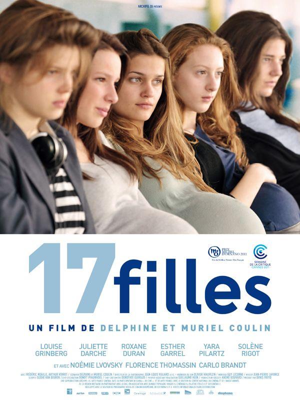 17 filles est un film de Muriel Coulin avec Louise Grinberg, Juliette Darche. Synopsis : Dans une petite ville au bord de l'océan, dix-sept adolescentes d'un même lycée prennent ensemble une décision inattendue et incompréhensible aux yeux