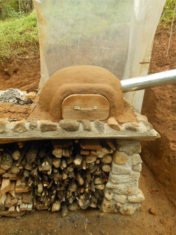 unser aktuelles projekt ein lehmofen die letzten tage haben wir steine geschleppt gemauert. Black Bedroom Furniture Sets. Home Design Ideas