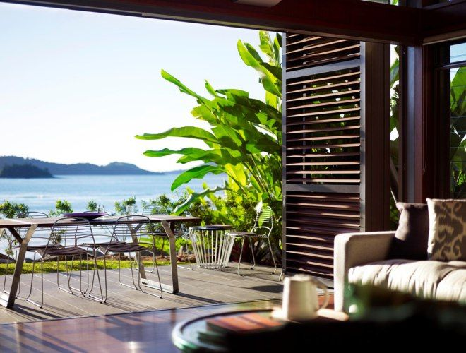 TOP 3 STAYS: Carve out your stylish slice of Hamilton Island in Queensland's Whitsundays, from affordable chic to super-luxe. Read our feature http://www.thechictravelclub.com/our-3-faves-chic-hamilton-island-stays-that-arent-qualia/ Join us on Facebook https://www.facebook.com/thechictravelclub