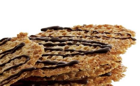 Sprøde mandelkager med chokolade