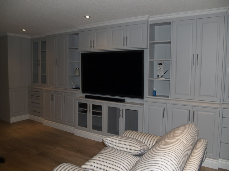 17 best ideas about built in wall units on pinterest for Built in wall units