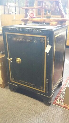 1000 Images About Antique Safes On Pinterest Aaron