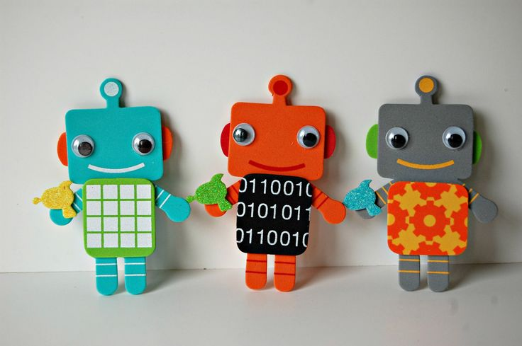 Having a robot themed party? Not sure what to do with all those kids? Let me help you! Each child receives a bag with everything they need to create their own robot magnet. These adorable robots have