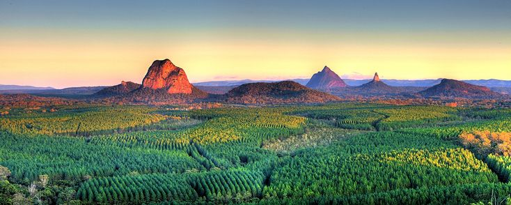 GLASSHOUSE MOUNTAINS | SUNSHINE COAST HINTERLAND | QUEENSLAND | AUSTRALIA