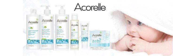 Sin conservantes, colorantes y aromas de síntesis. productos para el cuidado del bebé e higiene para ofrecer a las madres jóvenes, los beneficios del agua termal y la pureza de la orgánica.