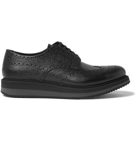 PRADA Pebble-Grain Leather Wingtip Brogues. #prada #shoes #brogues