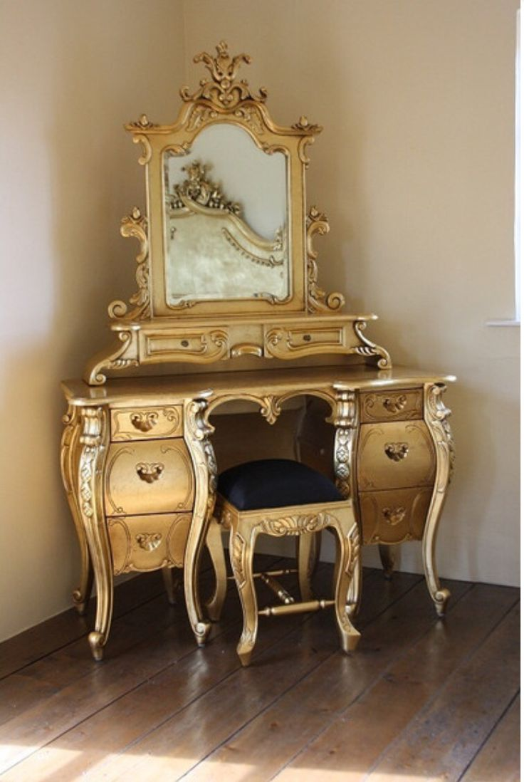Antique dressing table with mirror - Gold Too Vintage Dressing Tablescloset