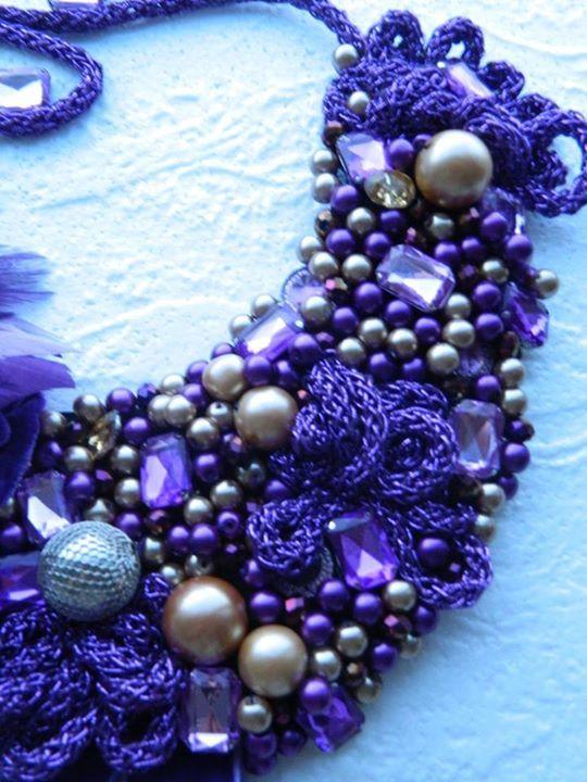 violet ,mov, lila, crem si auriu... , catifea, perle, strasuri, pene.... #dresses #necklaces #womenbag #bag #blouses #dailysale #sale