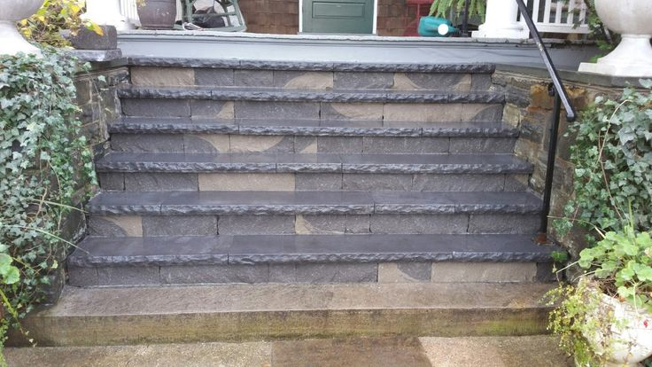 Techo Bloc York Caps for step treads and Chapel Stone Wall Blocks for step risers