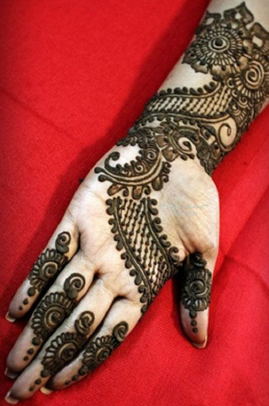 beautiful mehndi design for rakshabandhan
