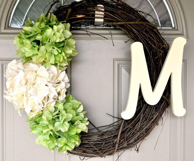 simple and easyBathroom Design, Ideas, Doors Wreaths, Front Door Wreaths, Decor Bathroom, Easy Monograms, Monograms Wreaths, Front Doors, Hydrangeas Wreaths