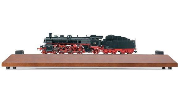 """""""125 Jahre Fleischmann"""": Dampflokomotive 18 508 in Holzschatulle mit smartRail"""