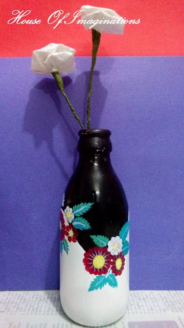 House Of Imaginations: Painted vase