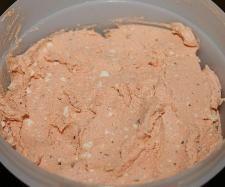 Knoblauch-Paprika Dip mit Rosmarin und Thymian