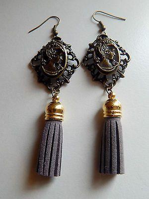 boucles d'oreilles camey pendantes bronze pompon gris €5.28