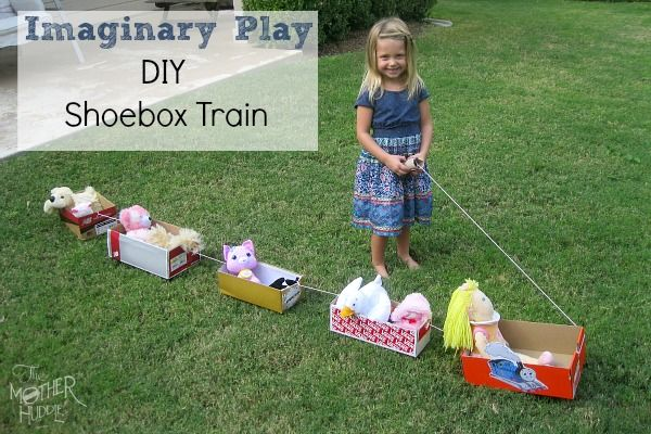 DIY Shoebox Train - my kids would love this!