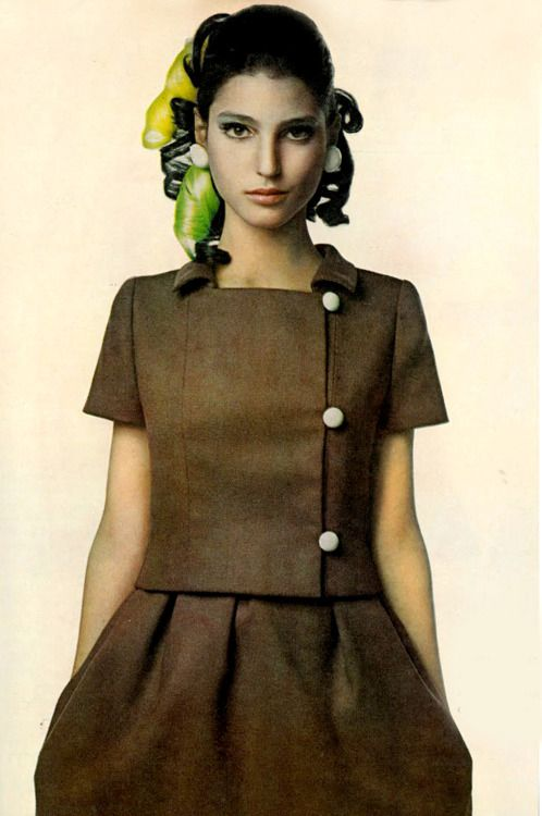 Photo by Richard Avedon, 1967.  I love this!Brown Dresses, Richard Avedon, Clothing Style, April 1967, 1960S Fashion, Benedetta Barzini, Side Buttons, Classic Style, 60S Glam