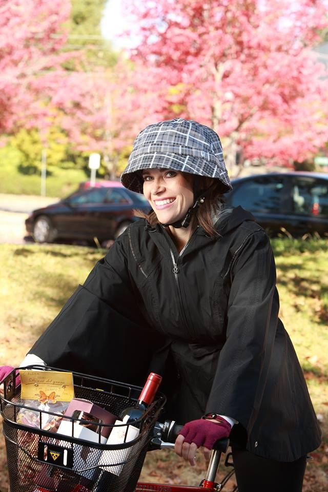 Windy Water Resistant Bicycle Helmet Cover $49.95 http://cyclestyle.com.au/shop/rain-gear/windy-water-resistant-bicycle-helmet-cover/