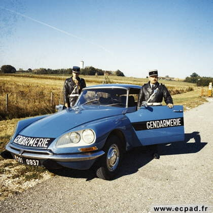 Citroën DS gendarmerie                                                                                                                                                      Plus