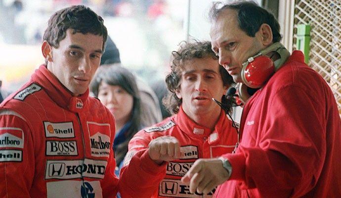 Ayrton Senna e Alain Prost com Ron Dennis em 1988 (Foto: AFP)