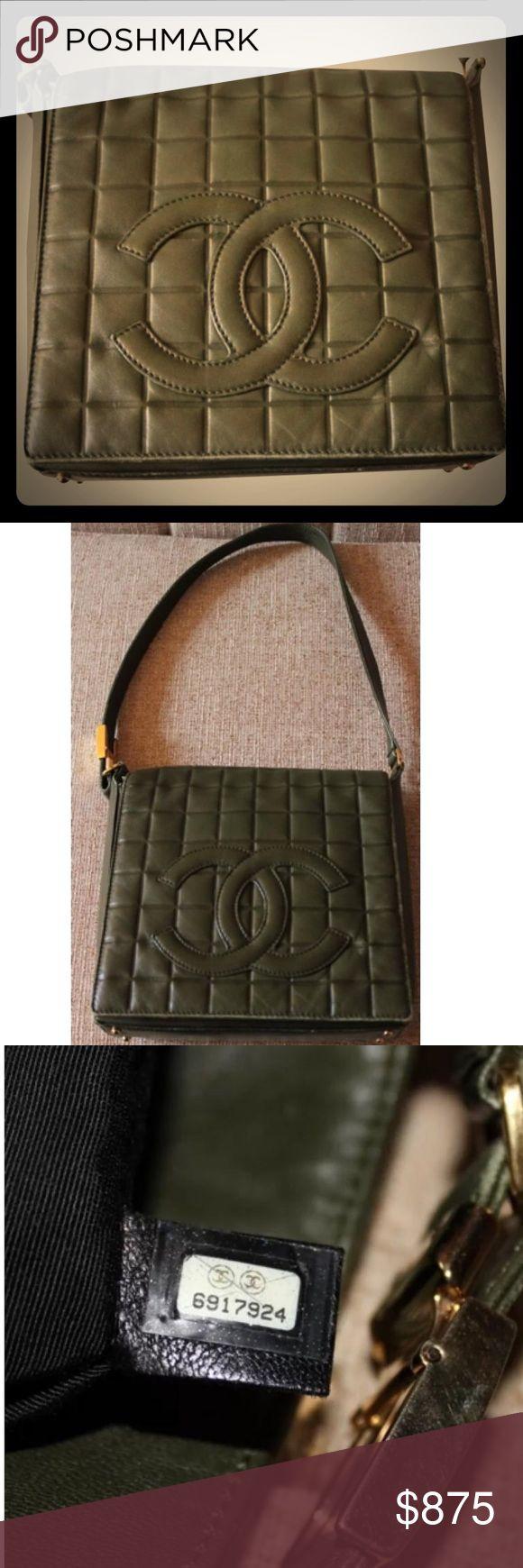 Chanel shoulder bag Chanel shoulder bag dark green. Comes with dust bag. 100% auth. CHANEL Bags Shoulder Bags