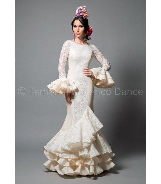 Pasarela encaje blanco - trajes de flamenca 2016 mujer - Aires de Feria