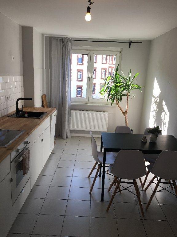 Wg Zimmer In Frisch Renovierter Wohnung In Bornheim Wg Suche Frankfurt Am Main Bornheim Wg Zimmer Haus Deko Mobliertes Zimmer