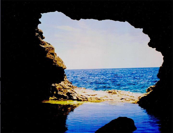 """The Grotto."" Georgian Bay, Ontario. © 1982 j. marshall craig"
