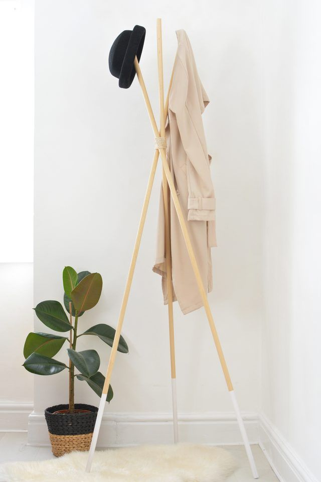 17 best ideas about hat and coat stand on pinterest for Diy standing coat rack ideas