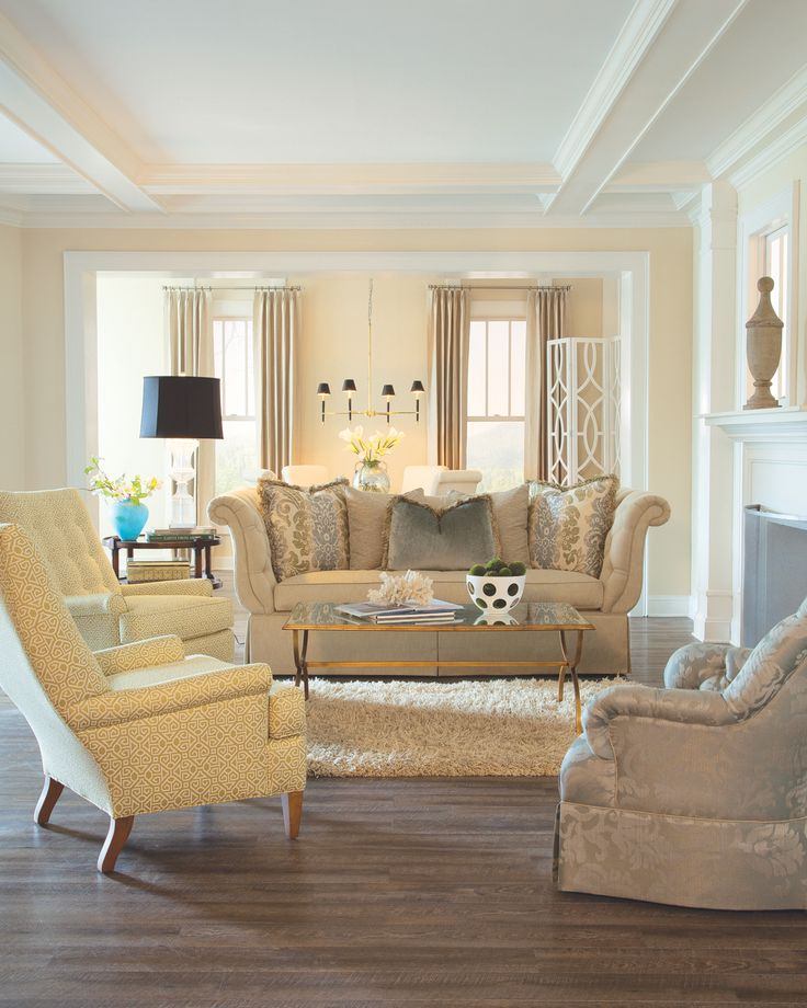 Tufted In Arms And A Livable Color Palette Make The Huntington House 3382 20