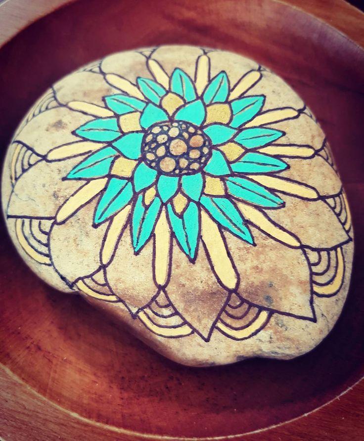 "44 Likes, 5 Comments - Sandra Suazo (@stonesbysandra) on Instagram: ""#stonepainting #stone #color #rockpainting #rocks #handpainted  Work in progress !"""