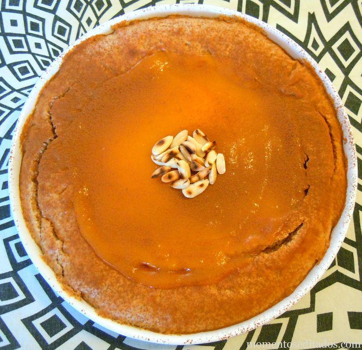 http://www.momentoseditados.com/2013/11/tarte-de-amendoa-com-ovos-moles-e-canela.html