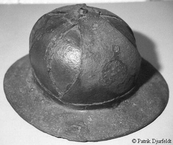 Kettle Helm, Historiska Museet, Stockholm ref_arm_1422 Date: 1300-1330 Culture: Scandinavian