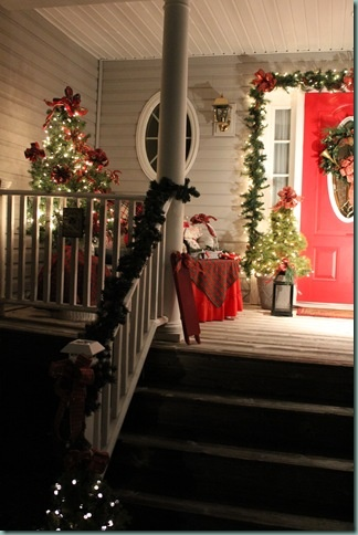 Christmas porch decorations christmas decor pinterest for Patios decorated for christmas