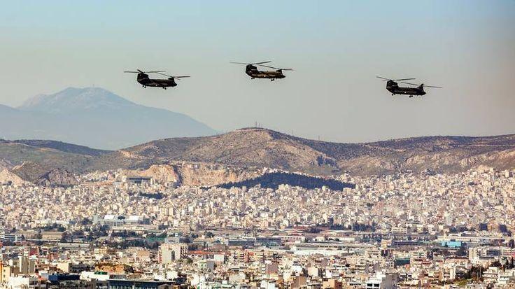 25η Μαρτίου 1821: Ελικόπτερα πάνω από τις πολυκατοκίες της Αθήνας (pics)