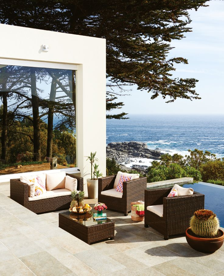 terraza frente al mar un lugar ideal para la relajacin tomar sol y disfrutar