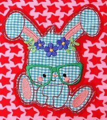 Embroidery: MariLena Stoffzaubereien (DaWanda)