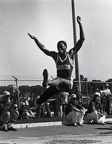 Carl Lewis, making his first of four appearances at the Olympics, equaled the 1936 performance of Jesse Owens by winning four gold medals, in the 100 m, 200 m, 4x100 m relay and long jump.